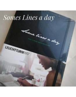 Some Lines a Day, 5-Jahres-Buch Medium (A5), Black